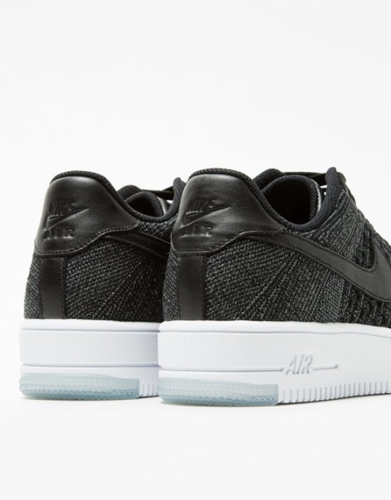 Nike AF1 Flyknit Low in Black 4