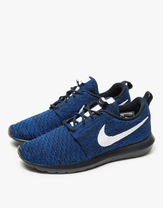 Nike Roshe NM Flyknit in Obsidian 3