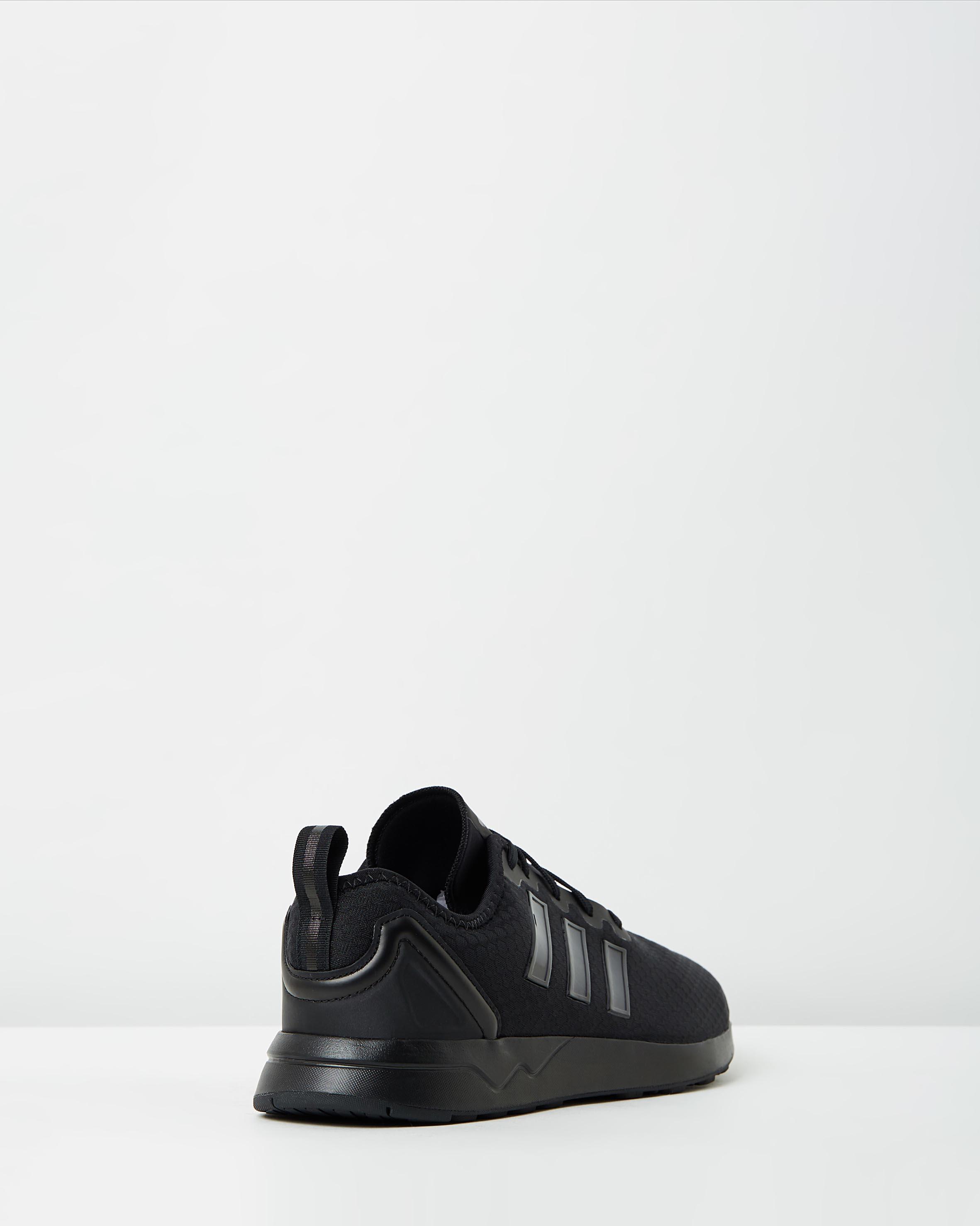 best sneakers d85ff 5393e Adidas Men's ZX Flux ADV Black