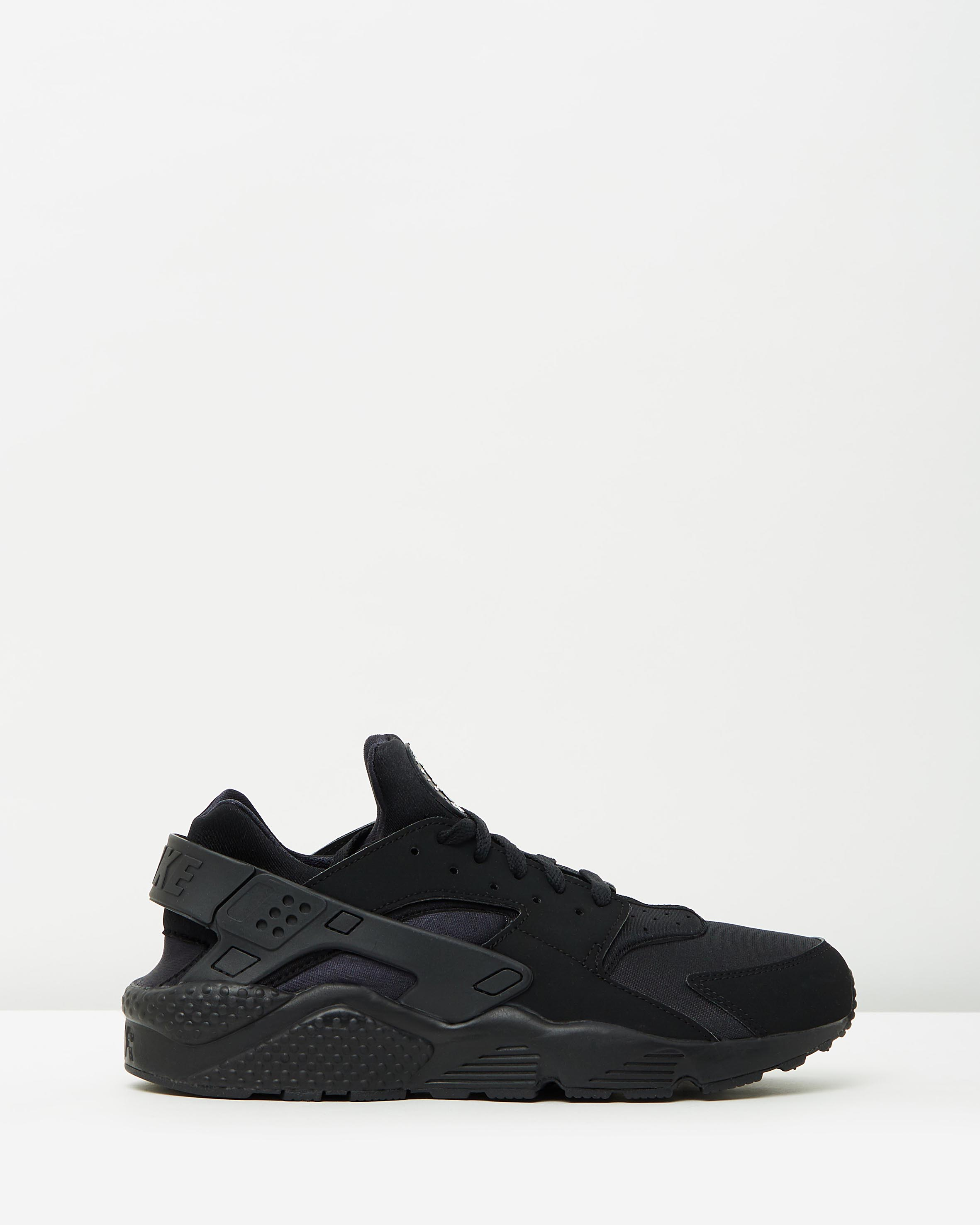 nike men s air huarache run black sneaker store. Black Bedroom Furniture Sets. Home Design Ideas