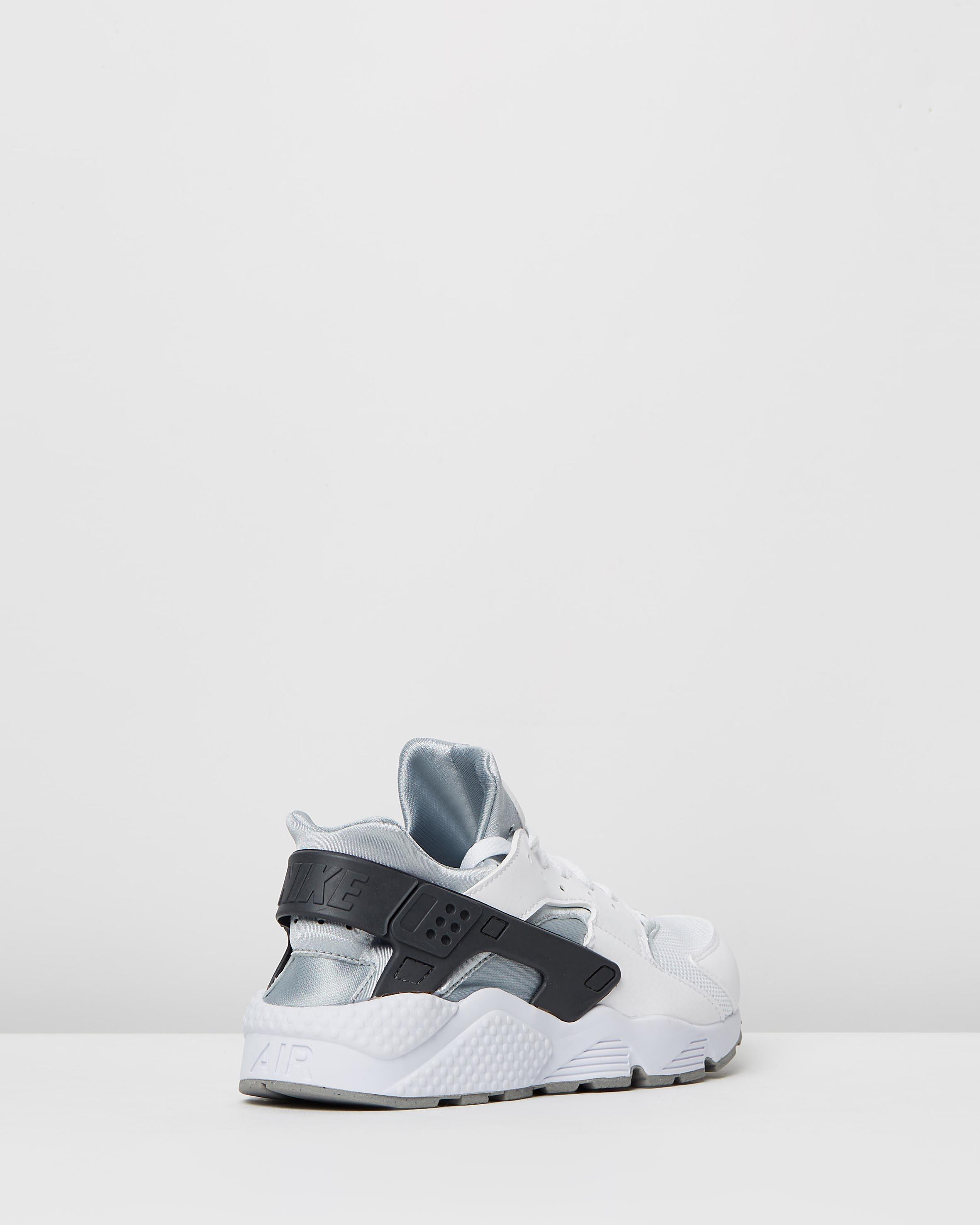 31b25d5250124 ... Nike Mens Air Huarache White Wolf Grey 2 ...