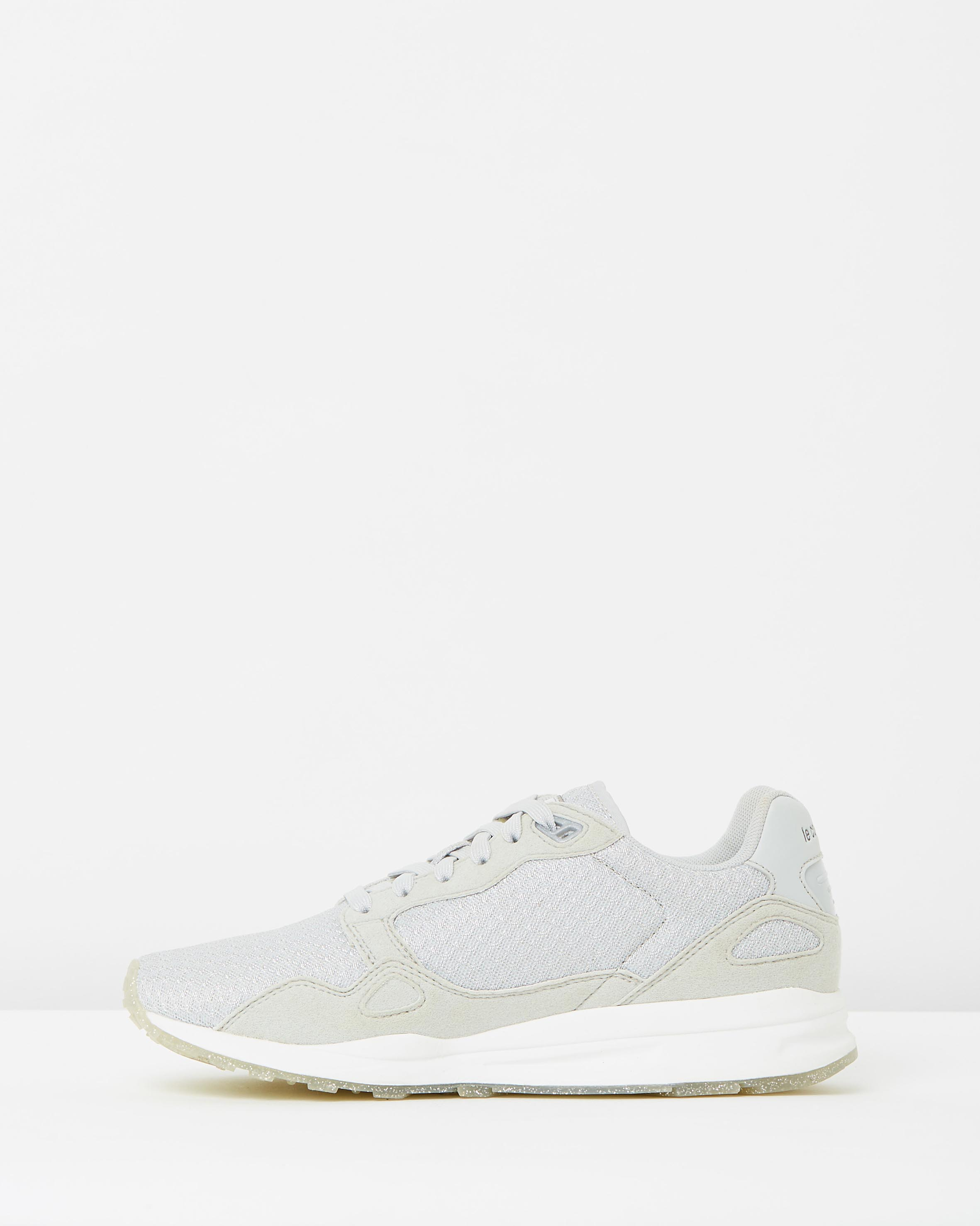 5335eb110d89 ... Le Coq Sportif Womens Galet LCS R900 W Sparkly Trainers 3 ...