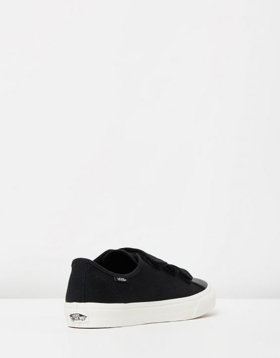 Vans Prison Issue Black White 2