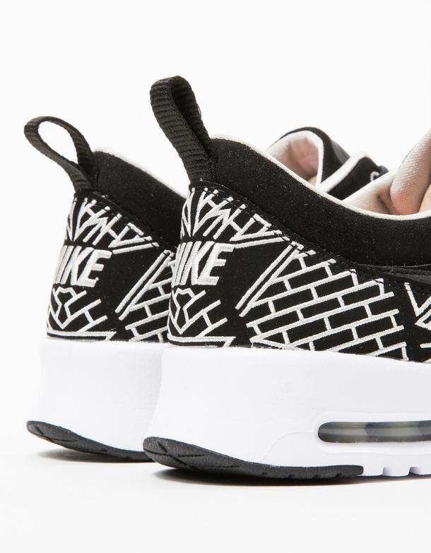 Nike Air Max Thea LOTC NYC 1 3