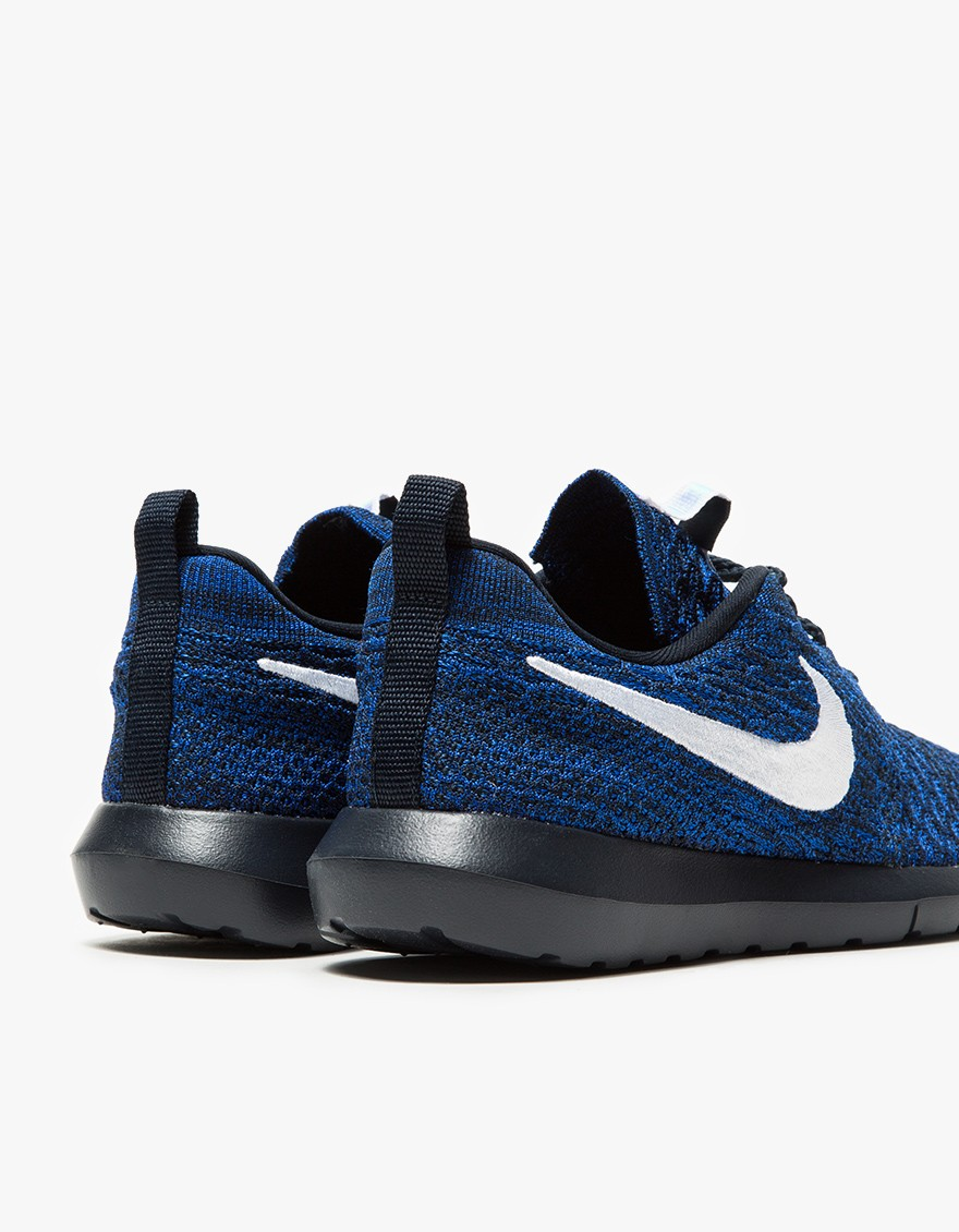 Nike Roshe NM Flyknit in Obsidian 4