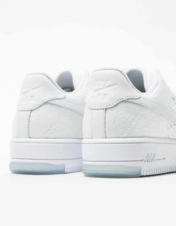 Nike Womens AF1 Flyknit Low White 4