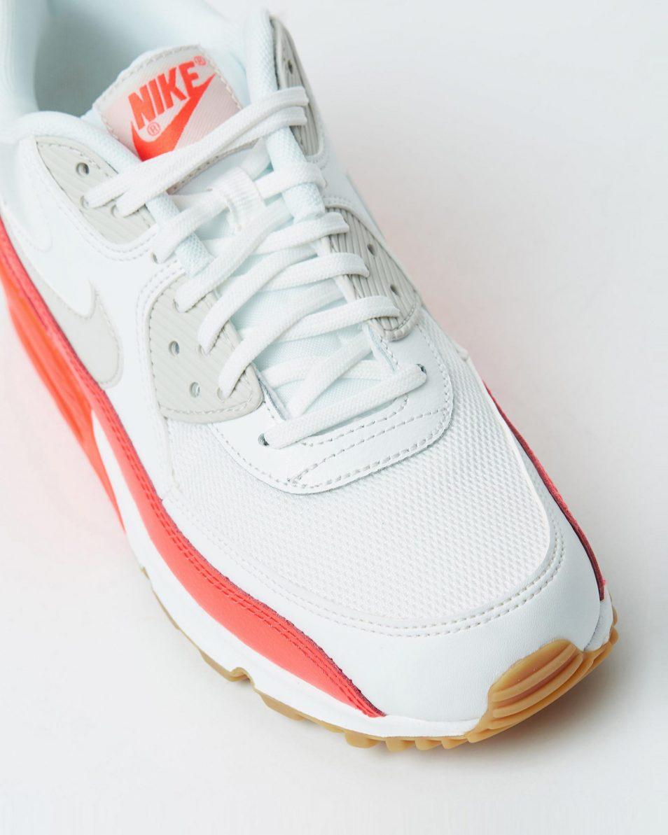 Nike Womens Air Max 90 Essential Summit White 4
