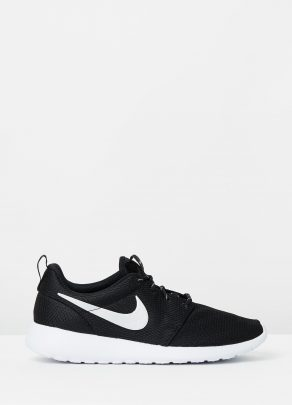 Nike Womens Roshe Black 1