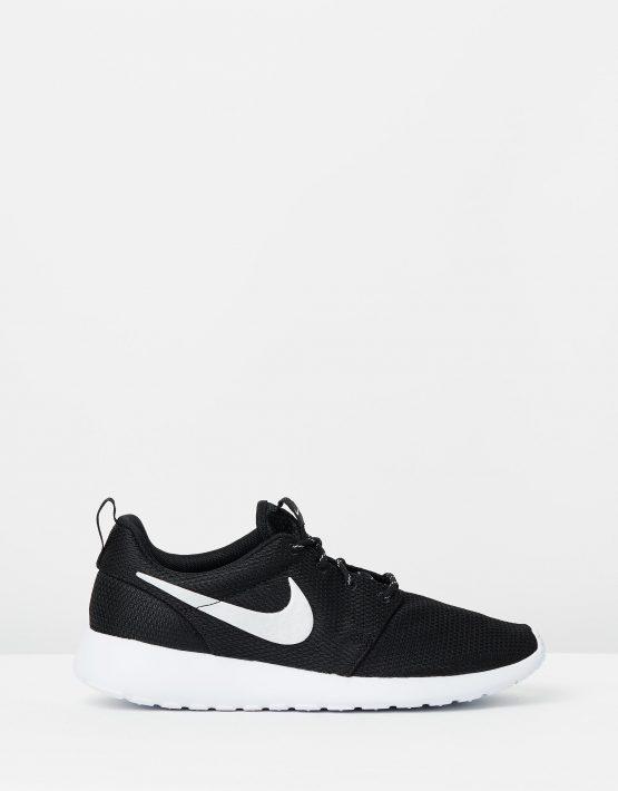 Nike Womens Roshe Black 1