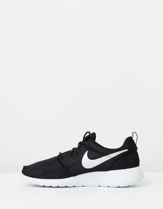 Nike Womens Roshe Black 3