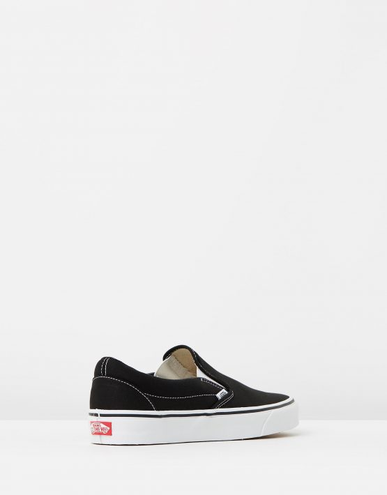 Vans Womens Classic Slip on Skate Shoe Black 2