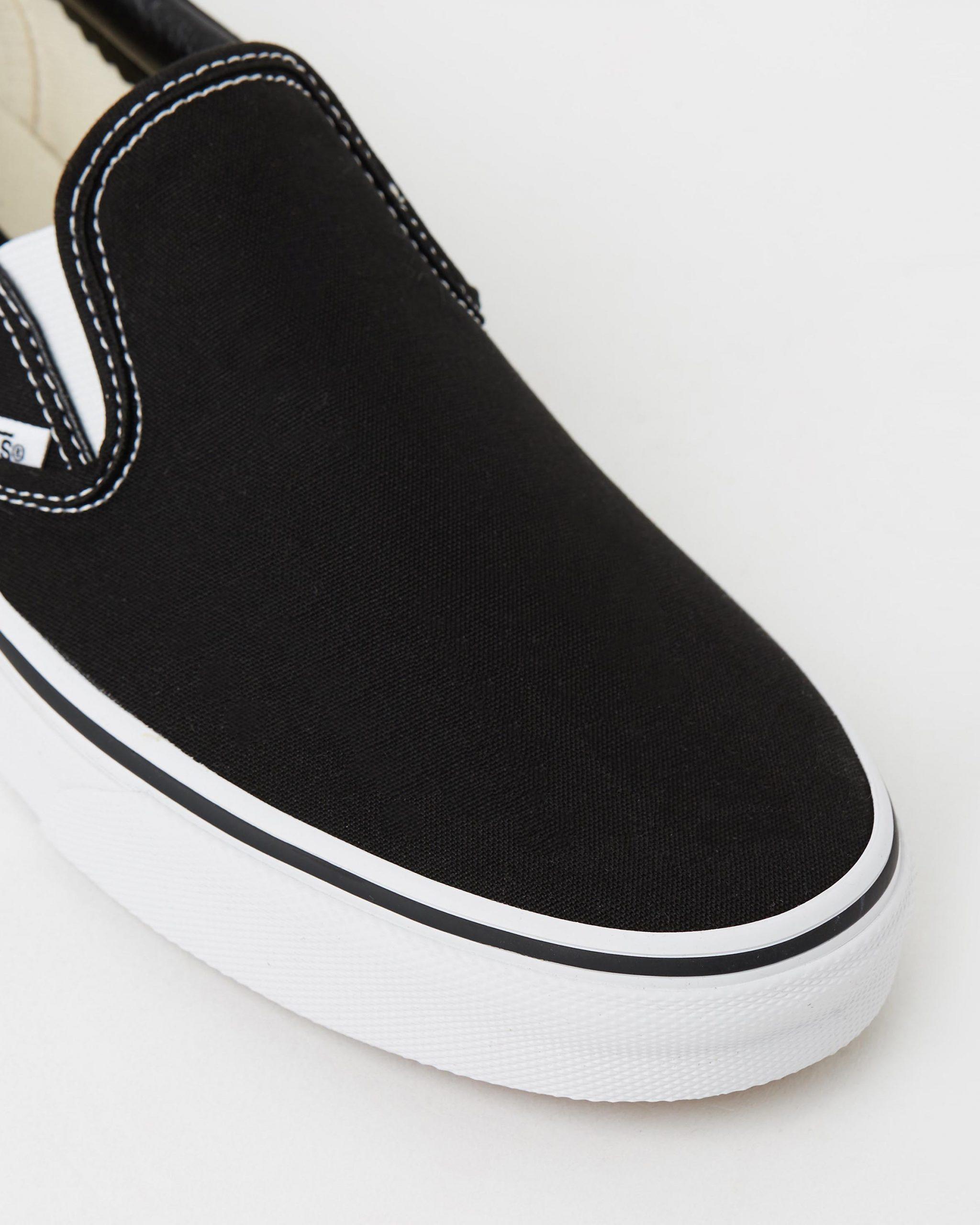Vans Womens Classic Slip-on Skate Shoe