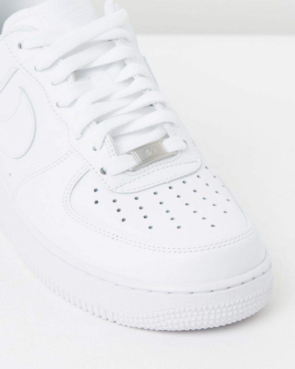 Womens Nike Air Force 1 07 4