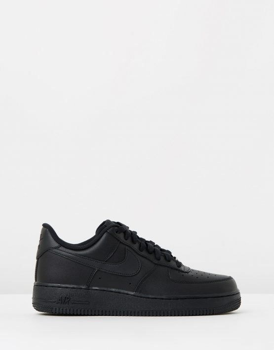 Womens Nike Air Force 1 07 Shoes 1