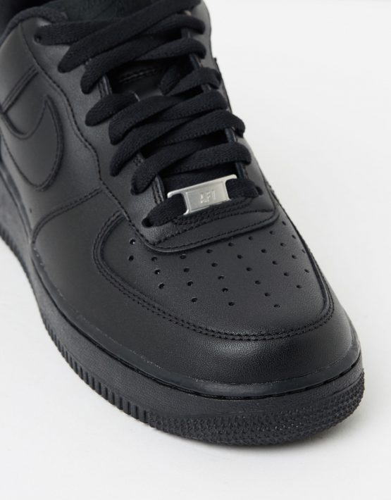 Womens Nike Air Force 1 07 Shoes 4