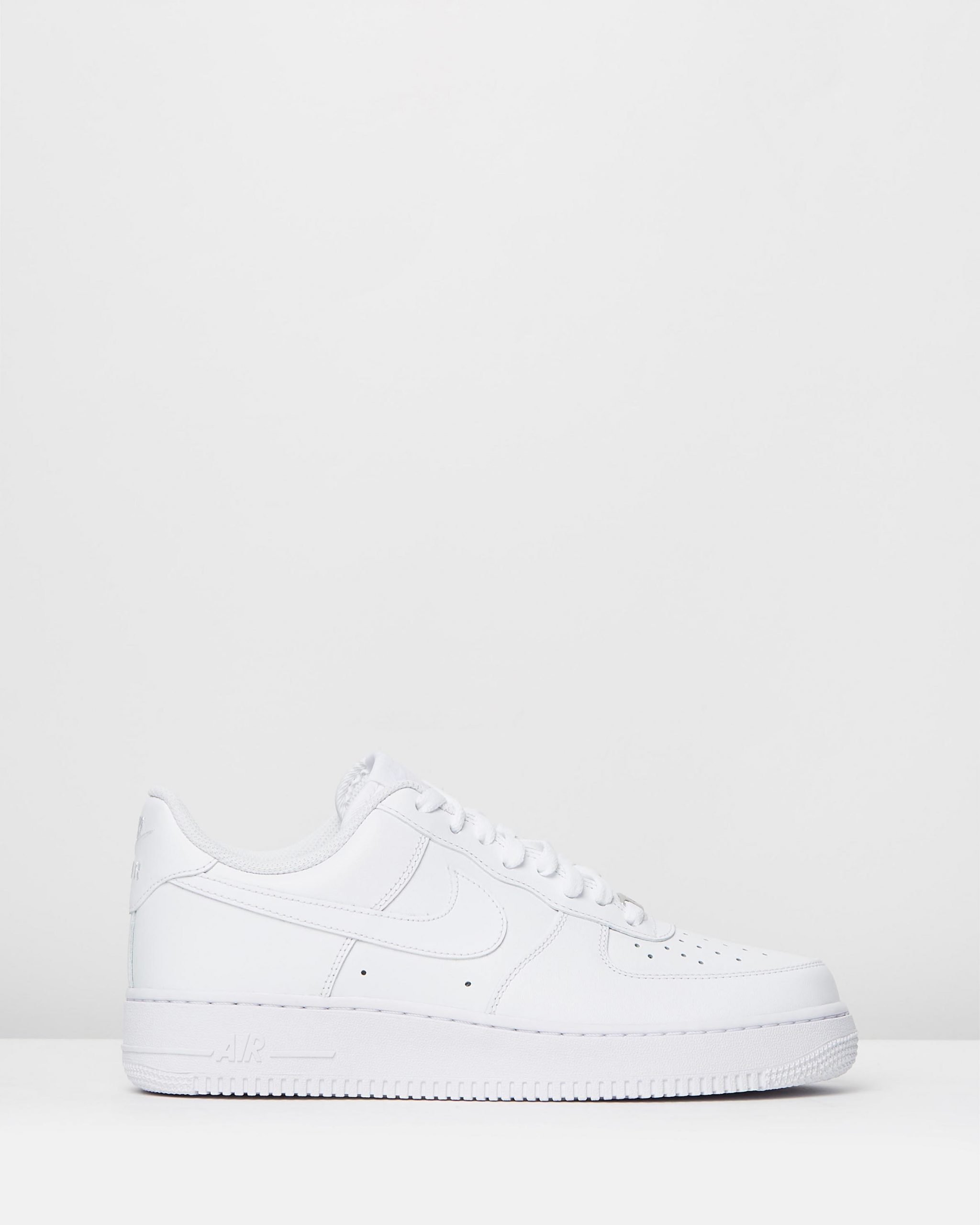 Nike Men's Air Force 1 '07 White Sneakers