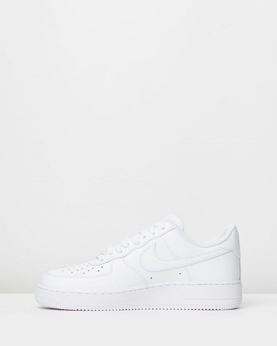 Nike Men's Air Force 1 '07 White Sneakers 3