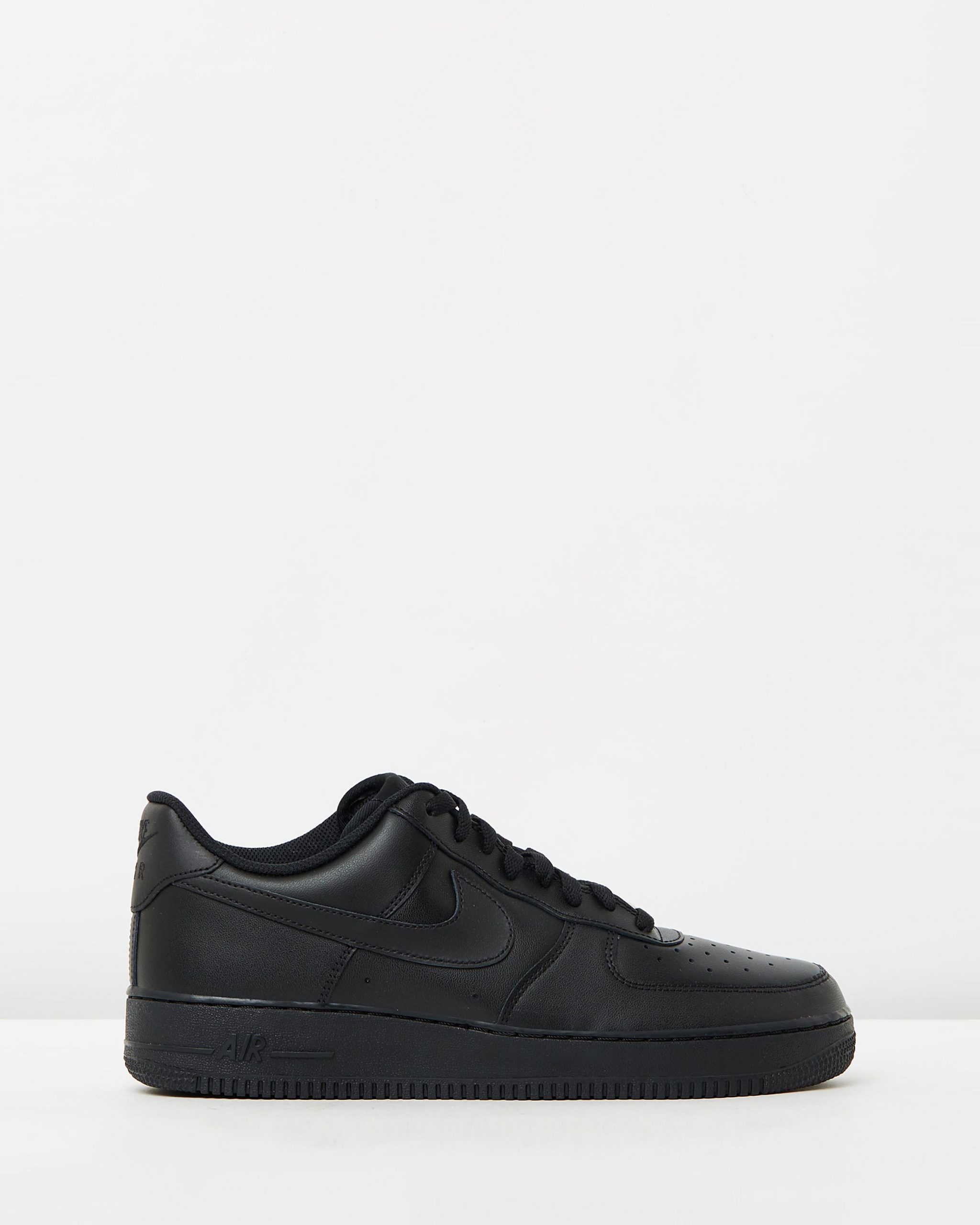 Nike Men's Air Force 1 '07 Black Sneakers