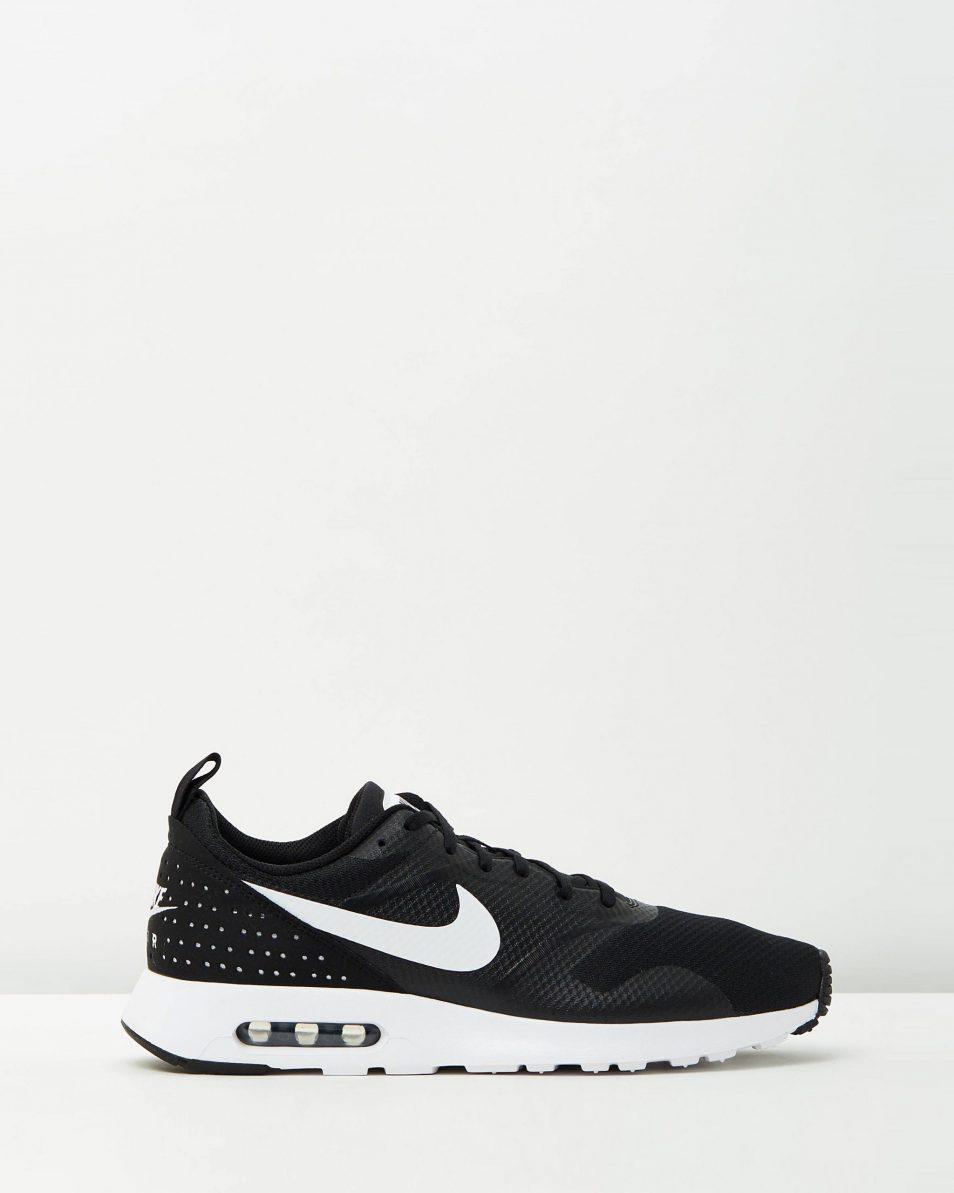 Nike Mens Air Max Tavas Black White 1