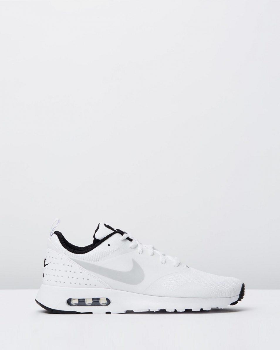Nike Mens Air Max Tavas White Pure Platinum Black 1