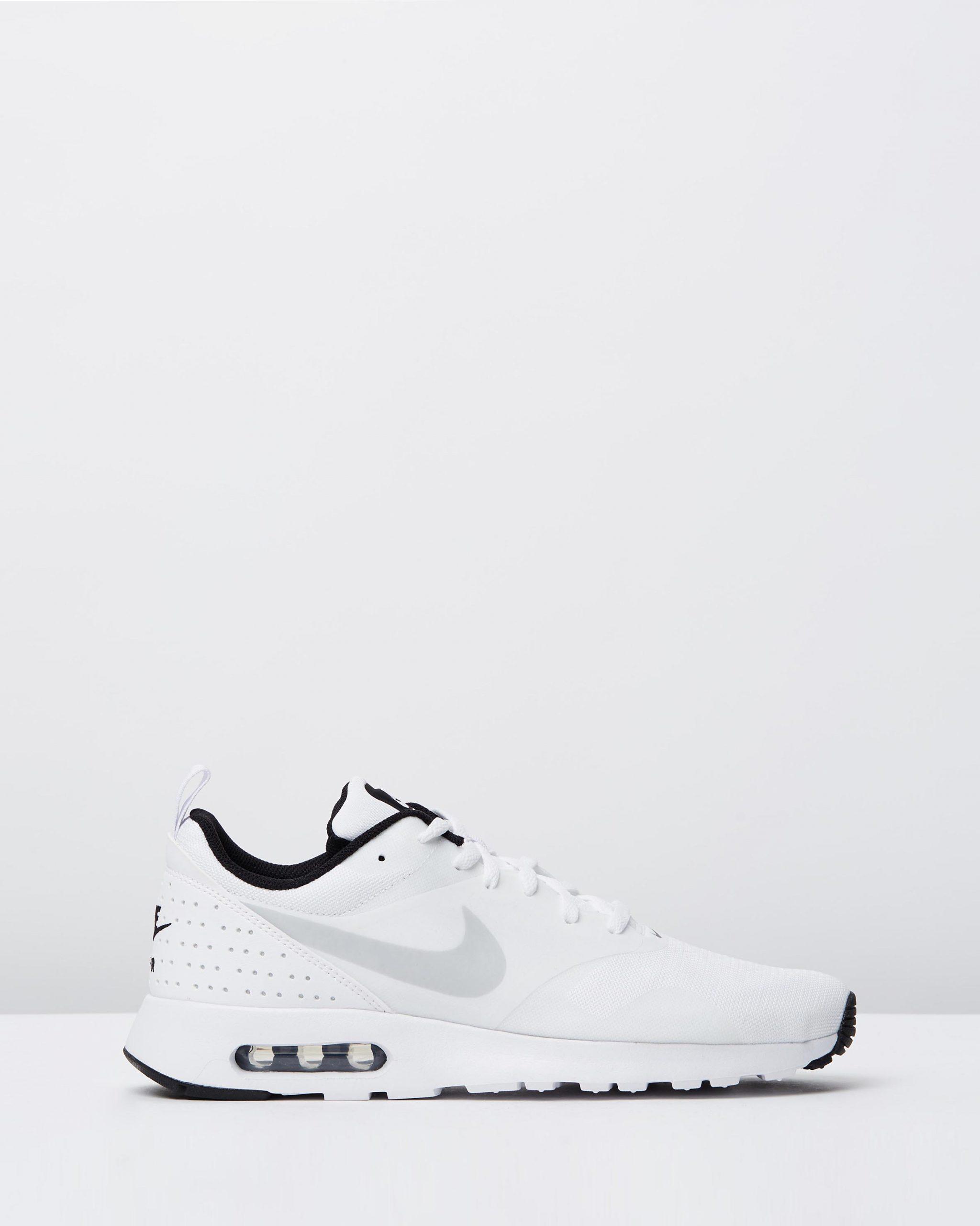 Nike Men's Air Max Tavas White, Pure Platinum & Black