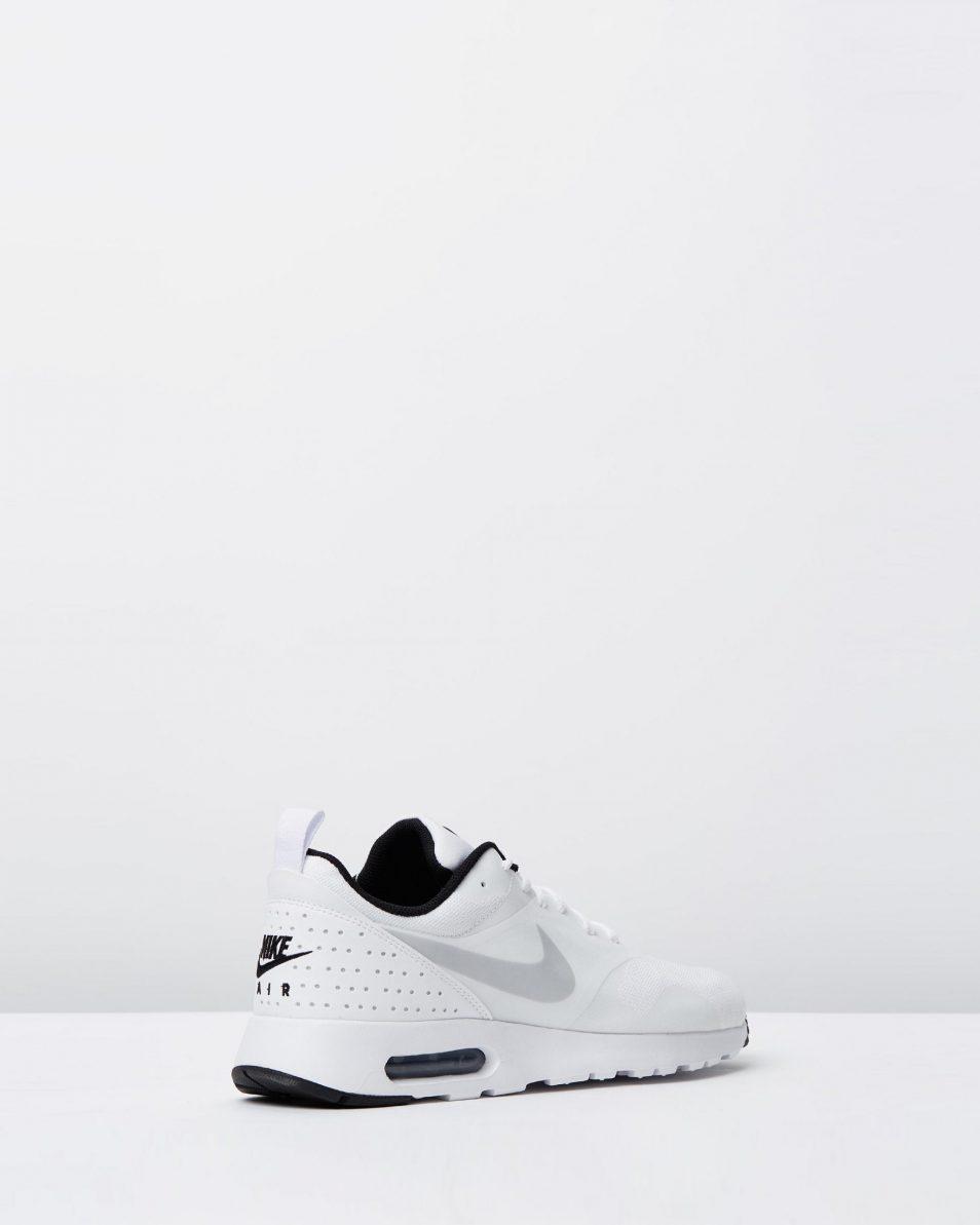 Nike Mens Air Max Tavas White Pure Platinum Black 2